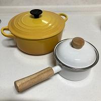 ホーロー鍋,ホウロウ,琺瑯,焦げ,着色汚れ,取れない,メラミンスポンジ,重曹,ソースパン