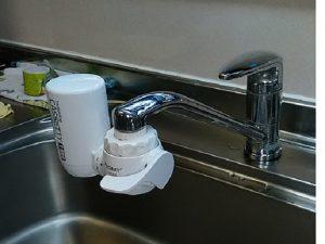 水栓,浄水器,アルカリ整水器,LIXIL,取替え,交換,システムキッチン