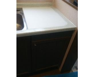 トップオープン食洗機,上蓋式食洗機,上開きタイプ,食洗機,撤去,食洗機取り外し,撤去工事,システムキッチン,ヤマハ,人造大理石フタ,食器洗い乾燥機
