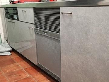 食洗機,買い換え,交換,取り替え,リフォーム,ビルトイン,食洗機交換工事,取り付け,シルバー,リンナイ製,RSWA-C402C-SV,大阪府和泉市,シンク下に設置,